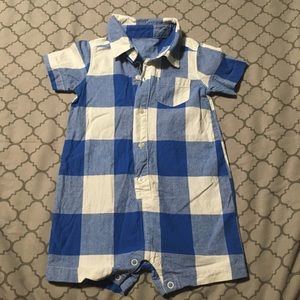 Carter's Boys 24M Button Up Romper w/lower snaps.